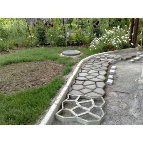 Формы для изготовления садовых дорожек 40х40 см.