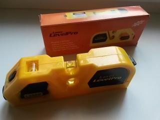 Лазерний рівень Laser Level Pro з вбудованою рулеткою 2,0 м