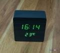 Настільний електронний годинник з термометром VST-872
